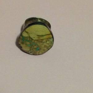 STERLING AND TURQUOISE STONE RING
